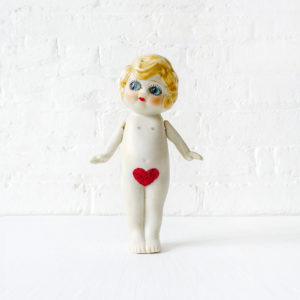 Little Miss Fabulous Valentine - The BugEyes Peekaboo Show Stopper Figurine